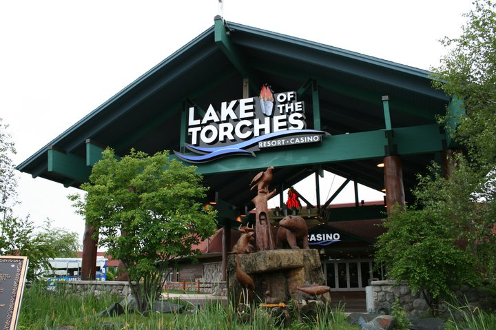 Lac du Flambeau Band isn't ready to go smoke-free at casino