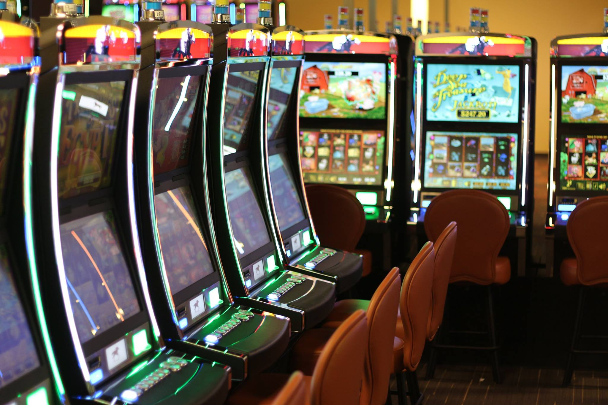 Idaho authorities probe gaming machines at non-Indian tracks