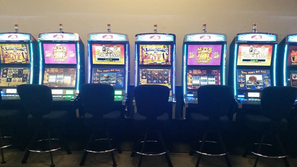 Idaho lawmakers question gaming machines at non-Indian tracks