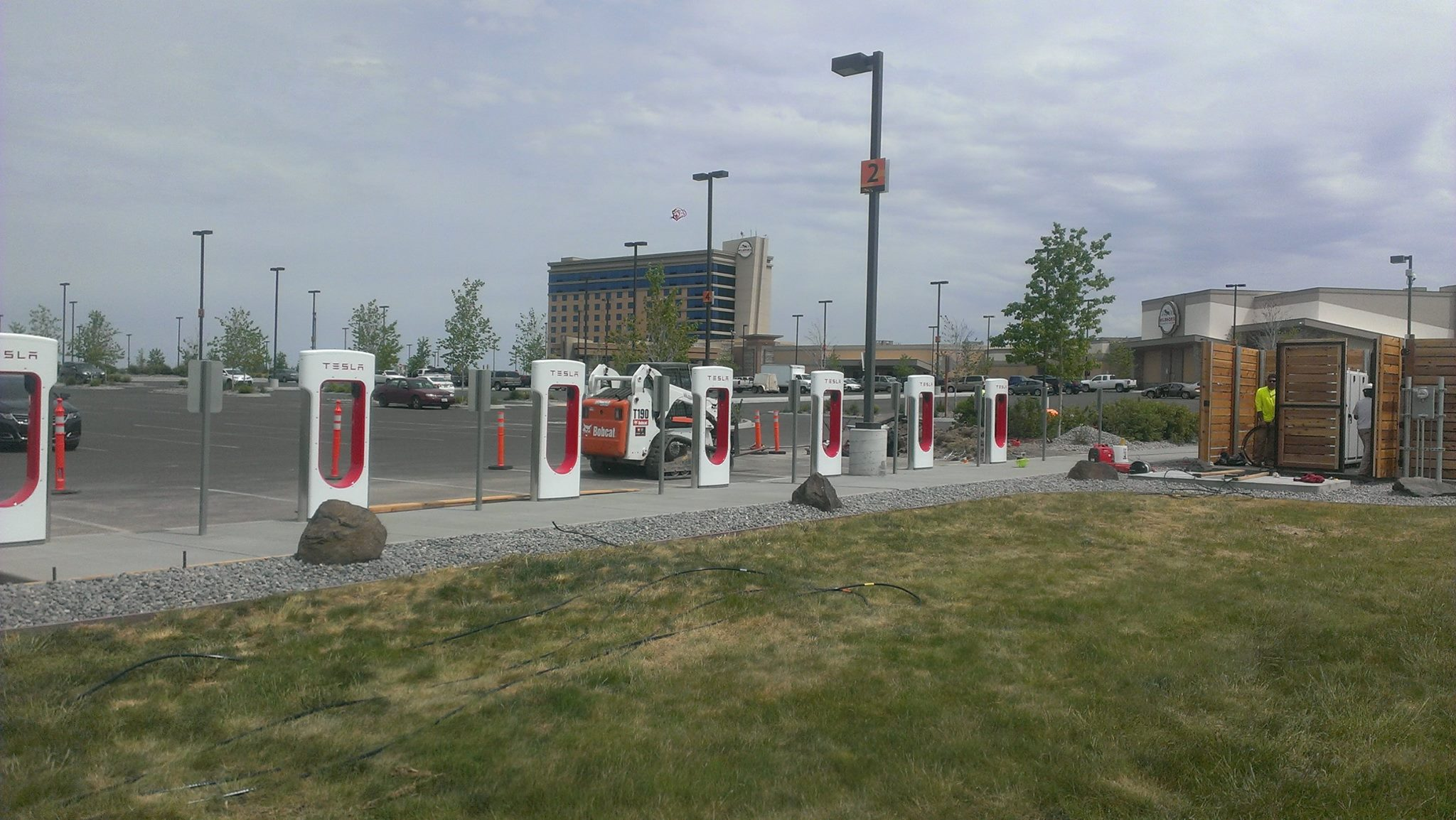 Umatilla Tribes host Tesla vehicle charging station at casino