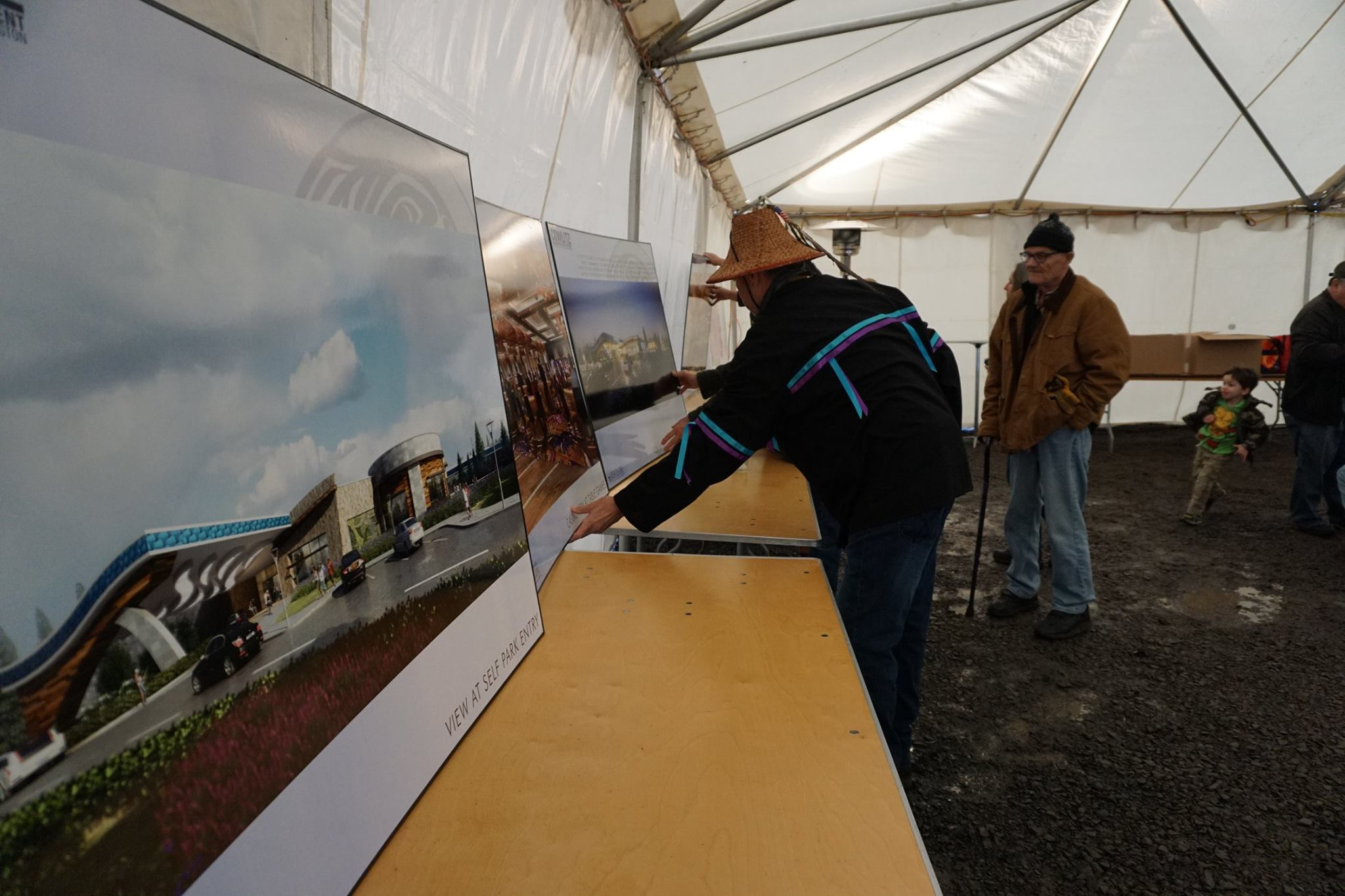 Opponents of Cowlitz Tribe ask judge to put a stop to casino work