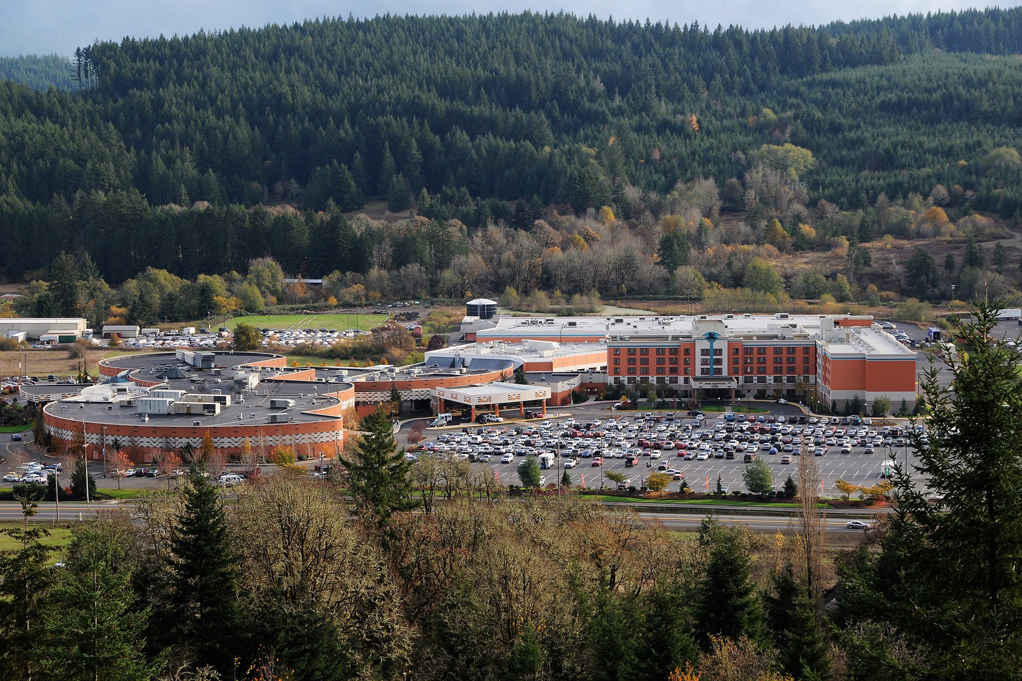 Grand Ronde Tribes keep battling Cowlitz Tribe's casino in court