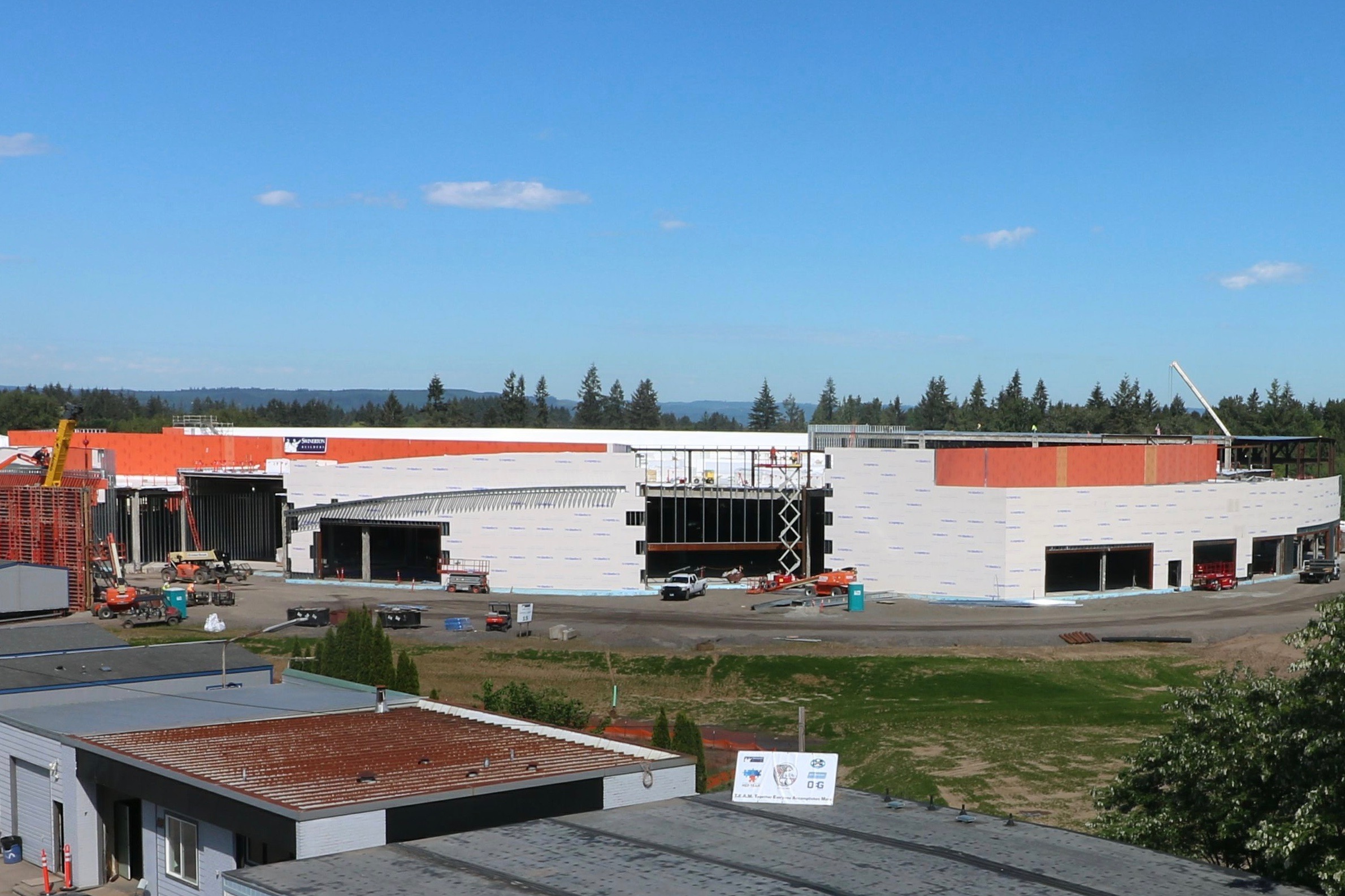 Cowlitz Tribe aims to hire locally as casino construction continues