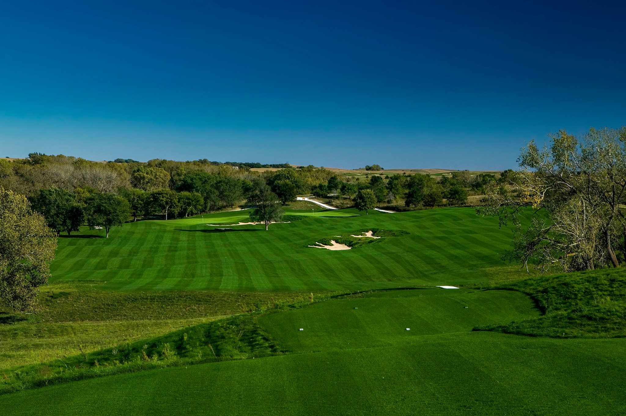 Santee Sioux Tribe hosts grand opening for golf course at casino