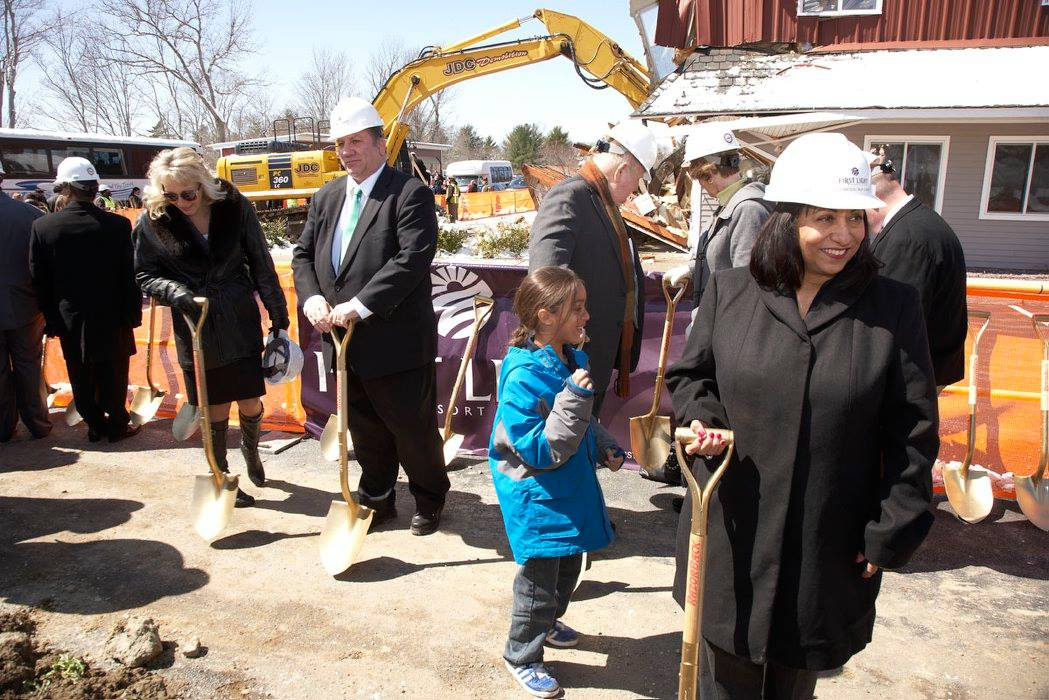 Mashpee Wampanoag Tribe in high stakes fight for casino and land