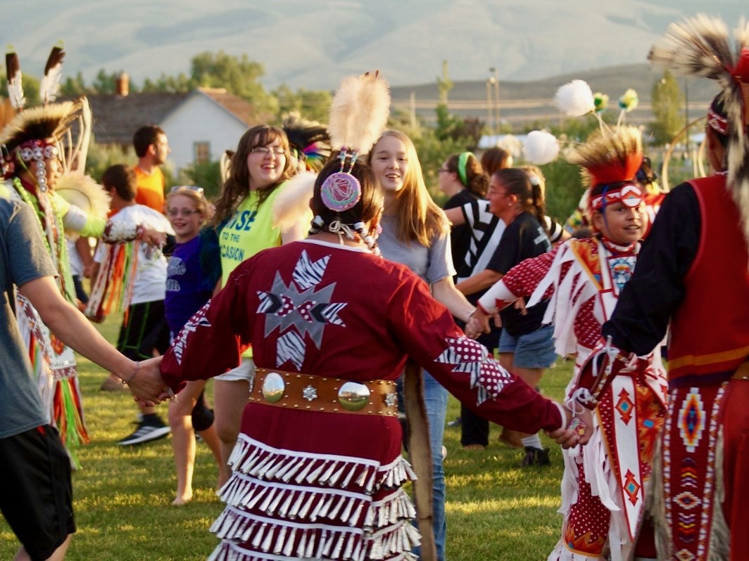 Starting them young? School apologizes for Northern Arapaho casino swag