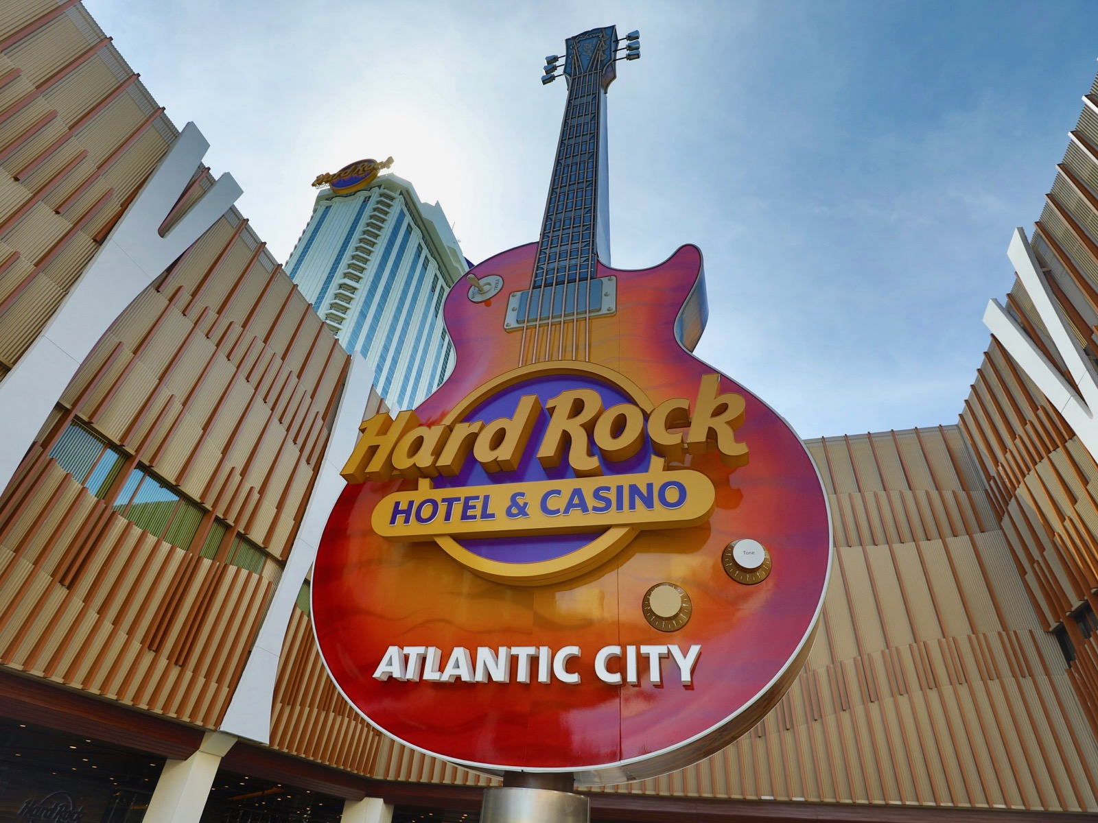 Seminole Tribe Debuts Hard Rock Casino In Space Once Owned By Donald