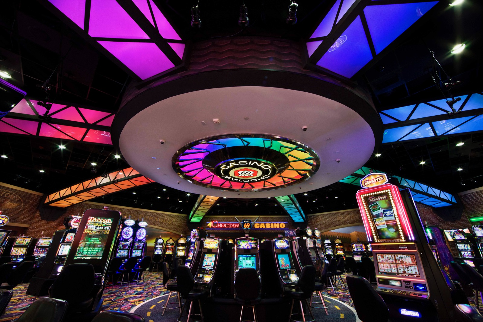 'Very intoxicated': Two educators arrested at Choctaw Nation casino