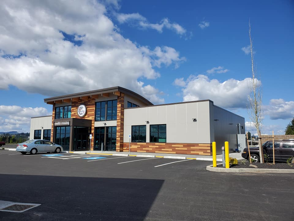 Cowlitz Tribe debuts convenience store and gas station on gaming anniversary