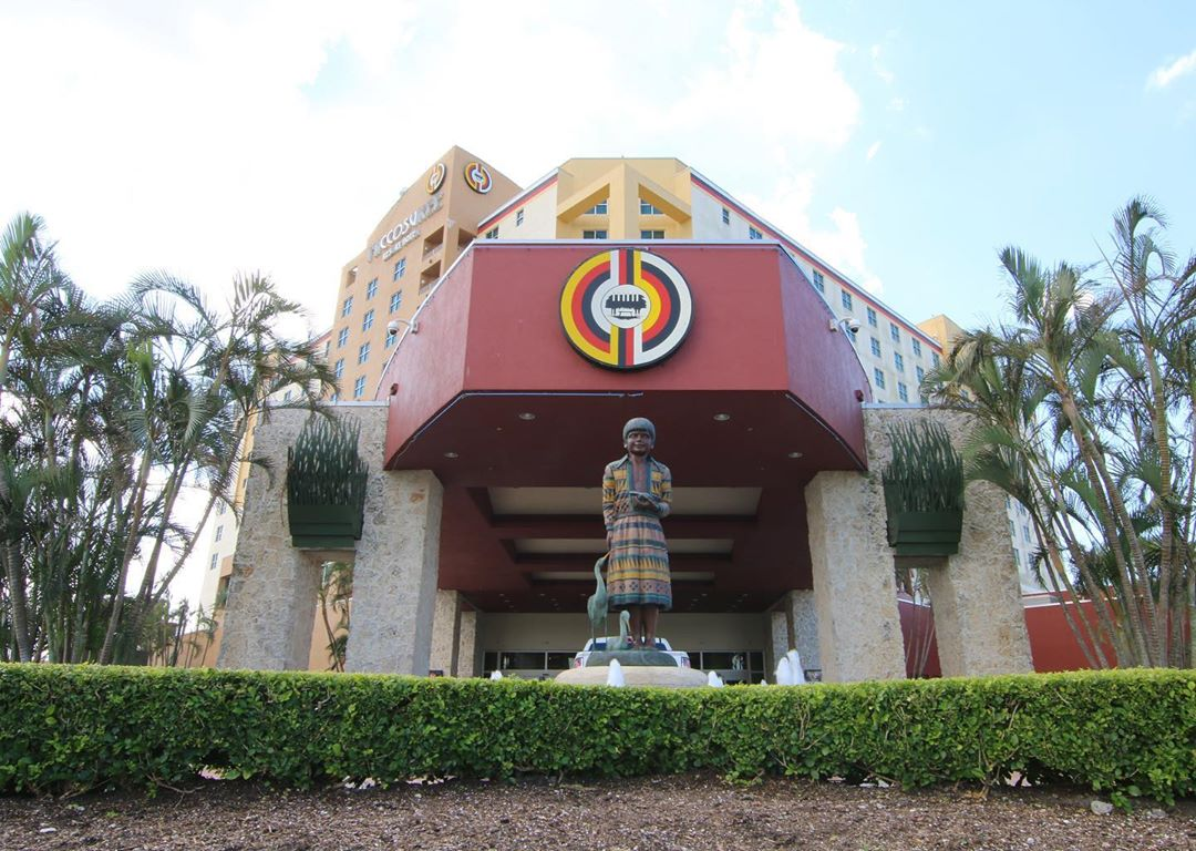 Eight plead guilty to stealing more than $5 million from Miccosukee Tribe