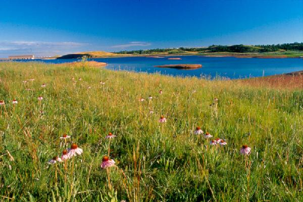 North Dakota tribe awaits return of land around Lake Sakakawea