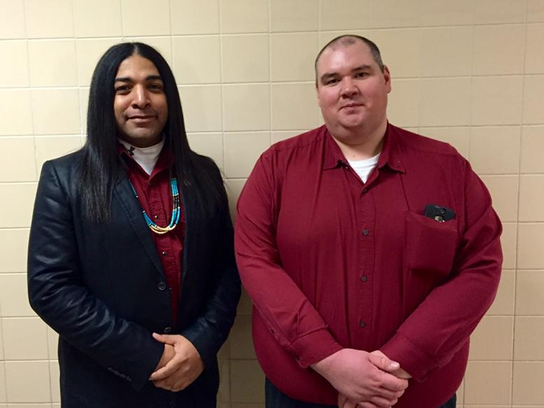 Deadspin: Fake Indian rides to defense of racist school mascot