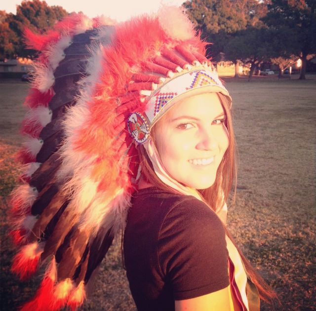 Brooke Shunatona: Don't make mistake by wearing headdress