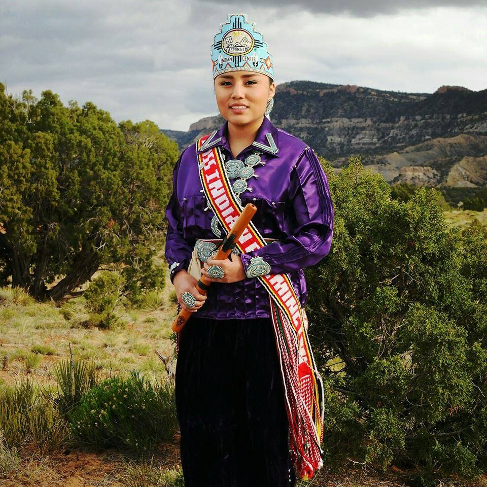 Farmington Indian Center holds competition for new ambassador