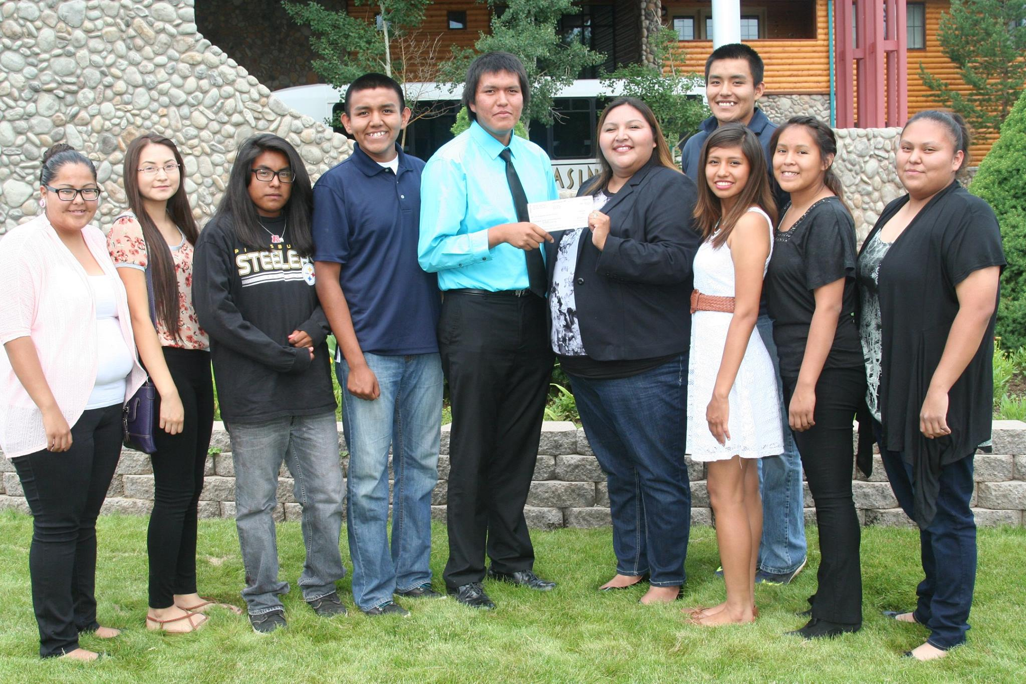 Company pushing mine at sacred site gives $10K to Apache youth