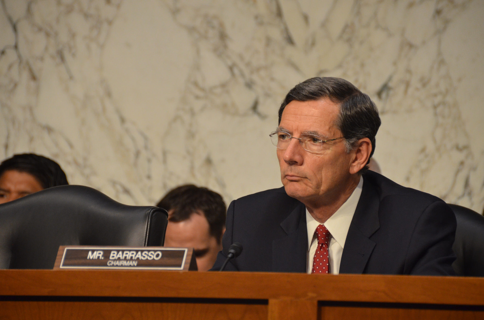 Sen. Barrasso defends quick movement on transportation bill