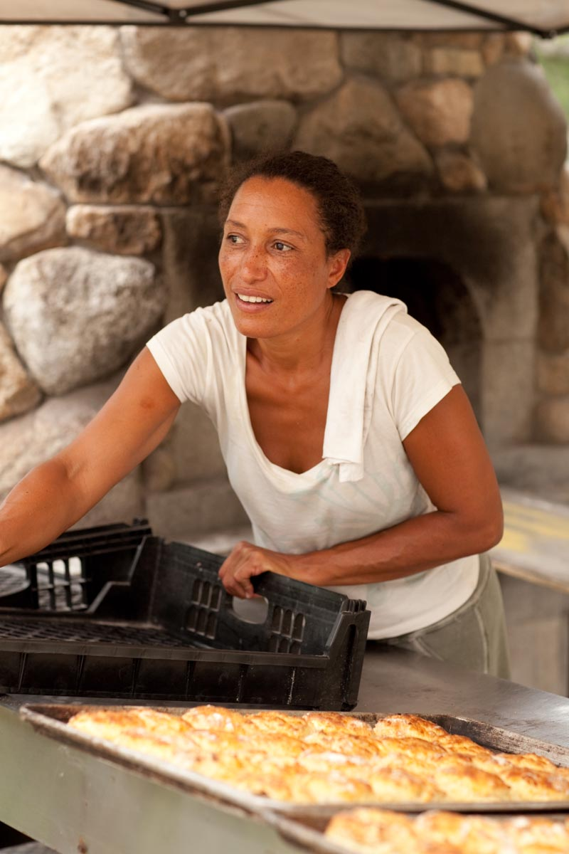 Woman from Aquinnah Wampanoag Tribe runs popular bakery
