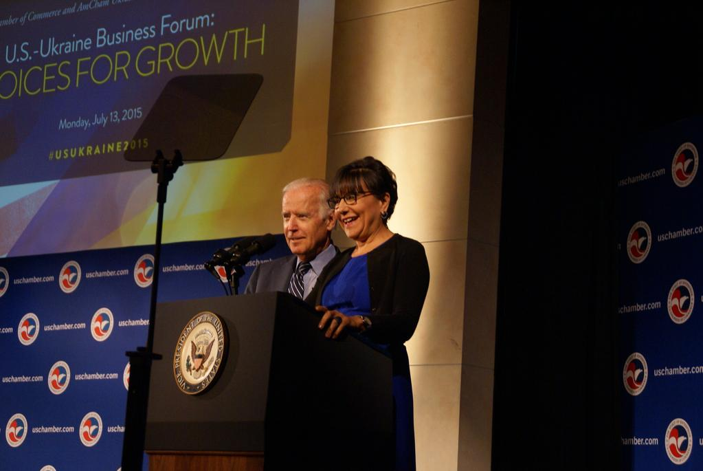 Commerce Blog: Secretary Pritzker meets with tribes and youth