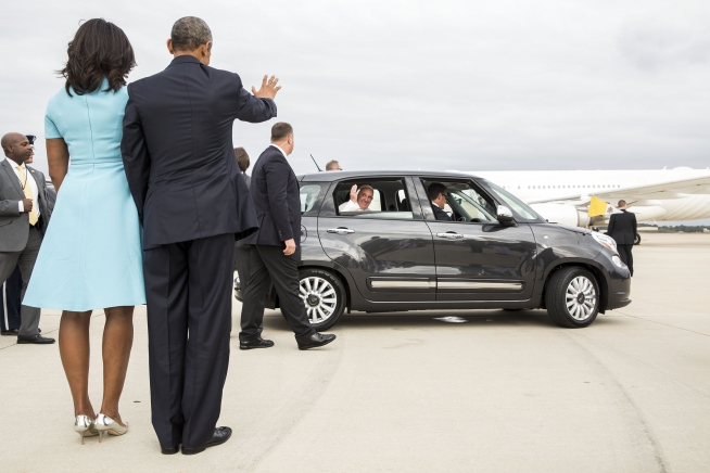 Pope Francis lands in nation's capital for historic first visit to US