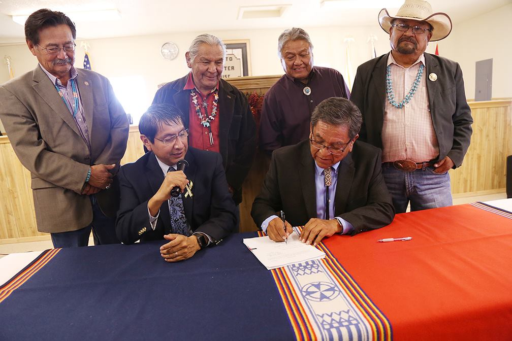 President of Navajo Nation vetoes $20M loan for new aircraft