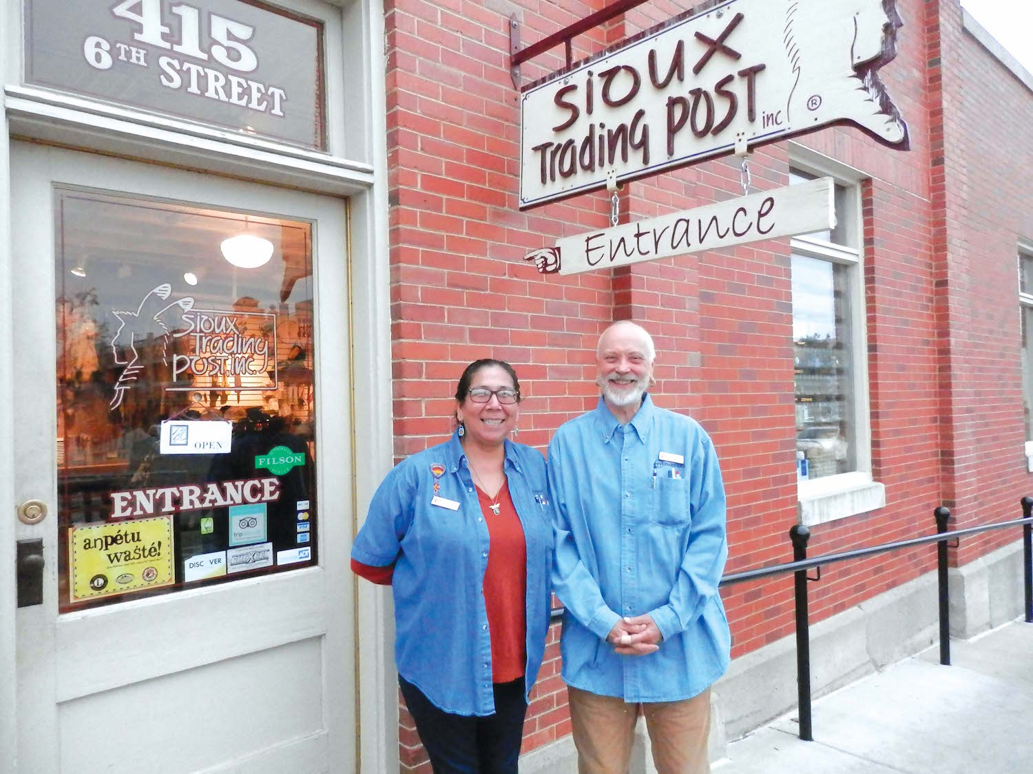Native Sun News: Trading post manager retires after 28 years