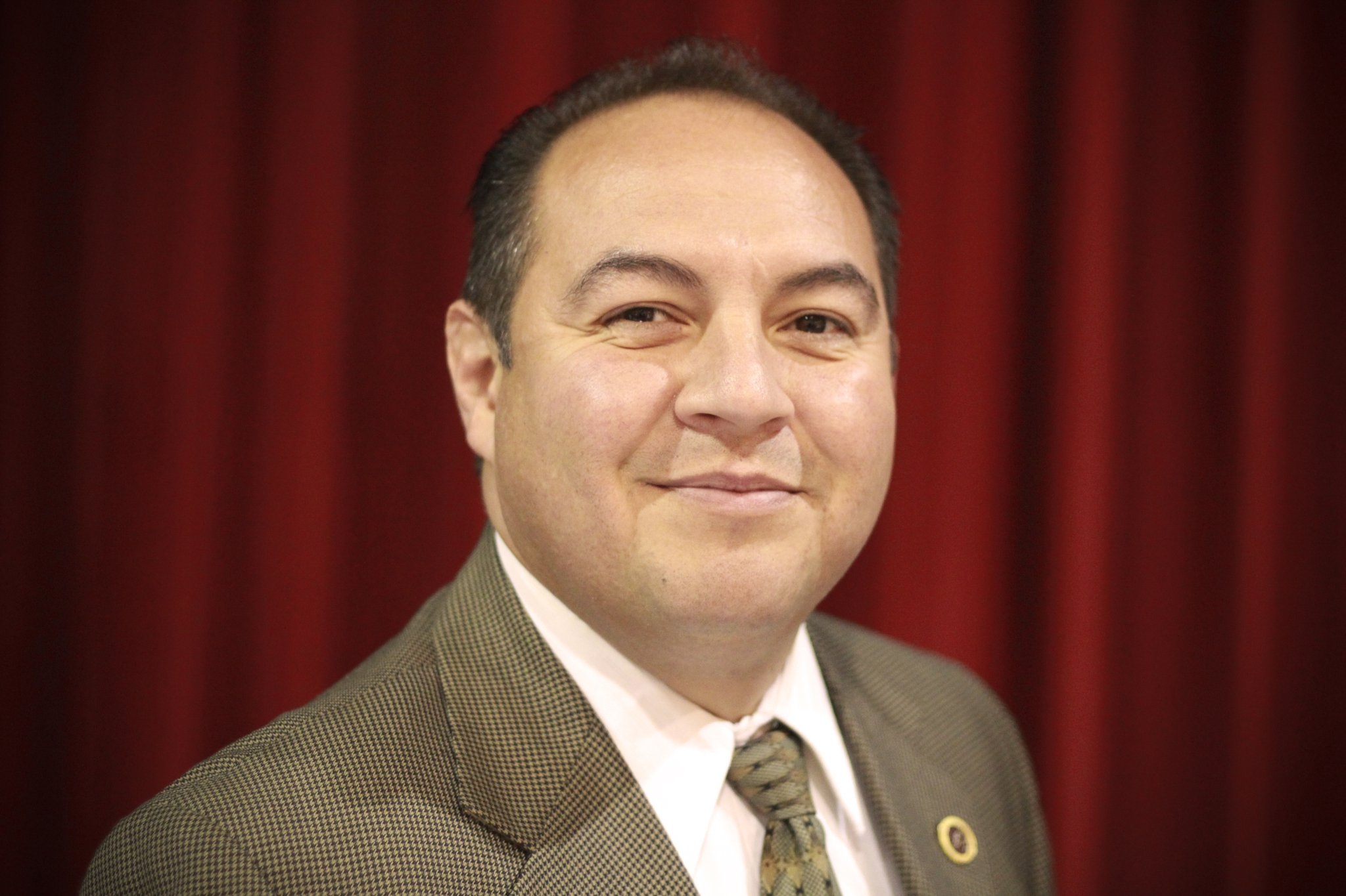 Saginaw Chippewa Tribe swears in Frank Cloutier as new leader