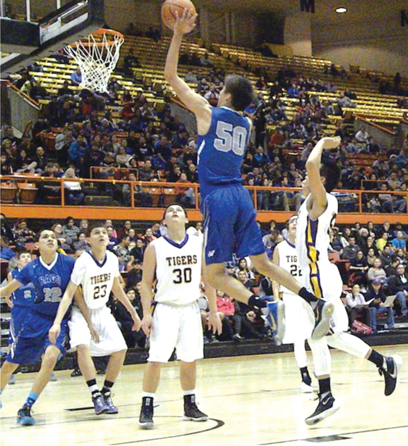 Native Sun News: Winnebago basketball team scores LNI title