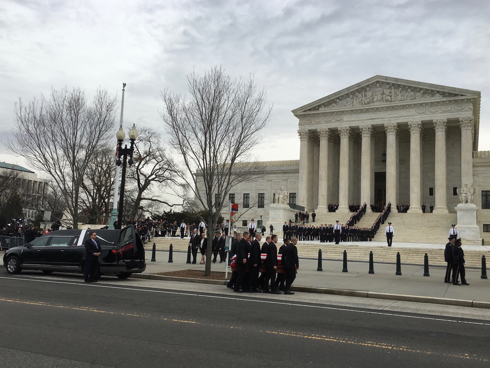 Supreme Court delays work due to ceremony for Justice Scalia