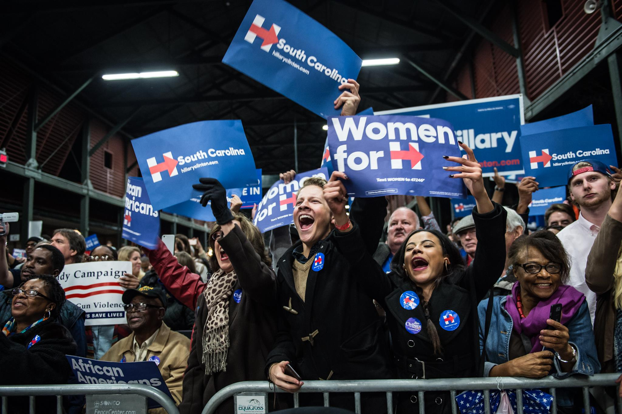 Hillary Clinton wins another state as campaigns head to big vote