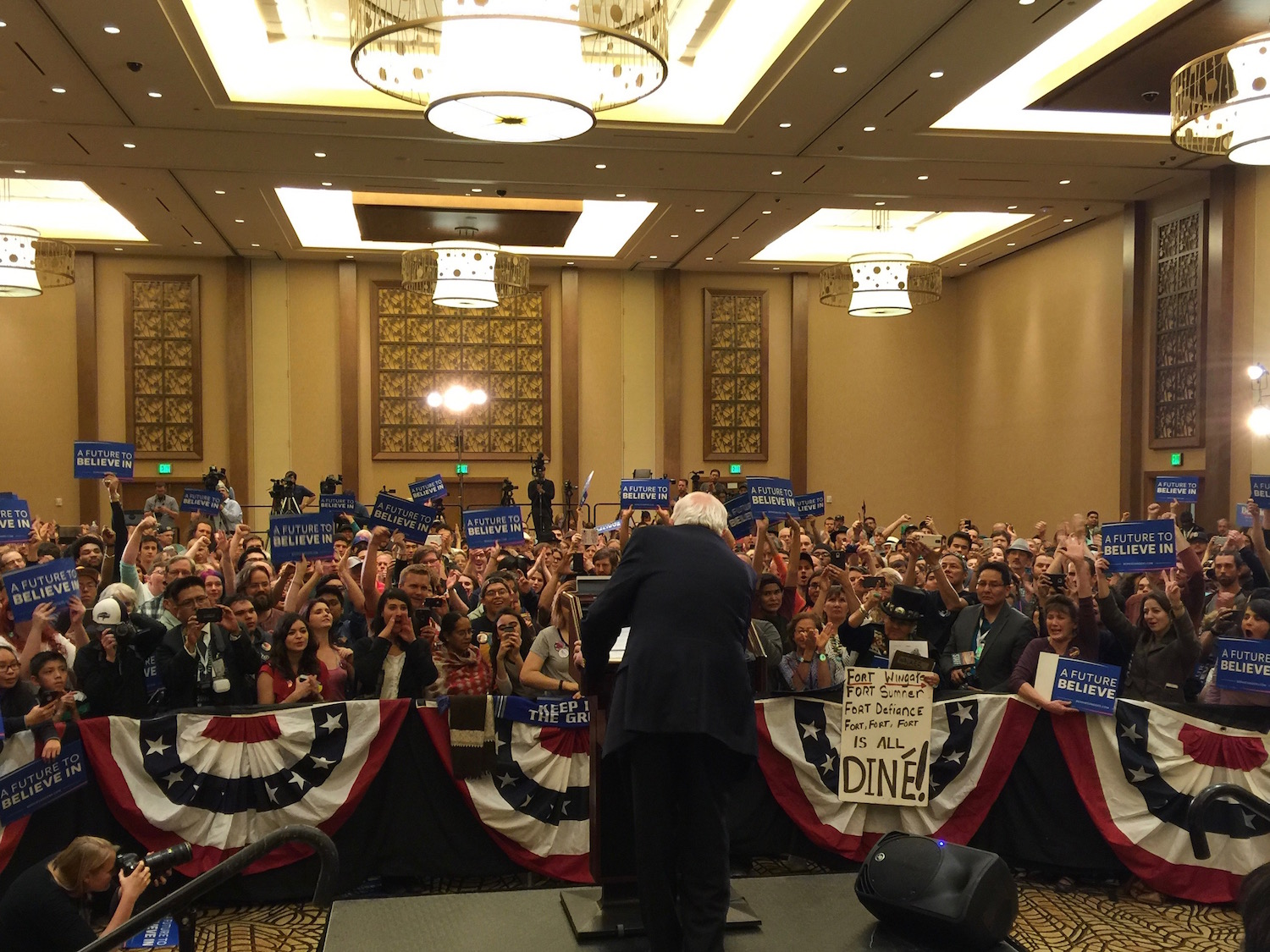 Bernie Sanders discusses Indian issues at rally on Navajo Nation