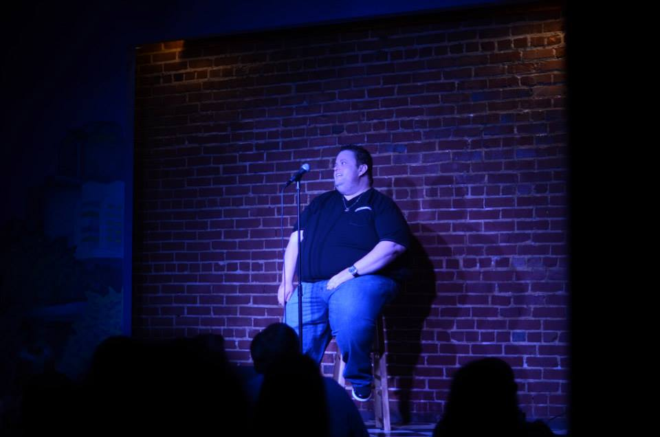 Comedian Ralphie May apologizes after Indian routine resurfaces
