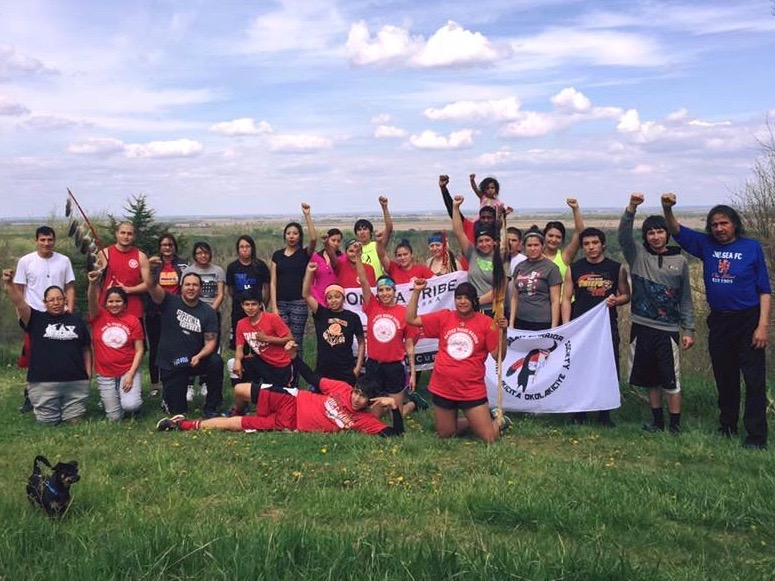 Native Sun News: Youth run 500 miles to protest new oil pipeline