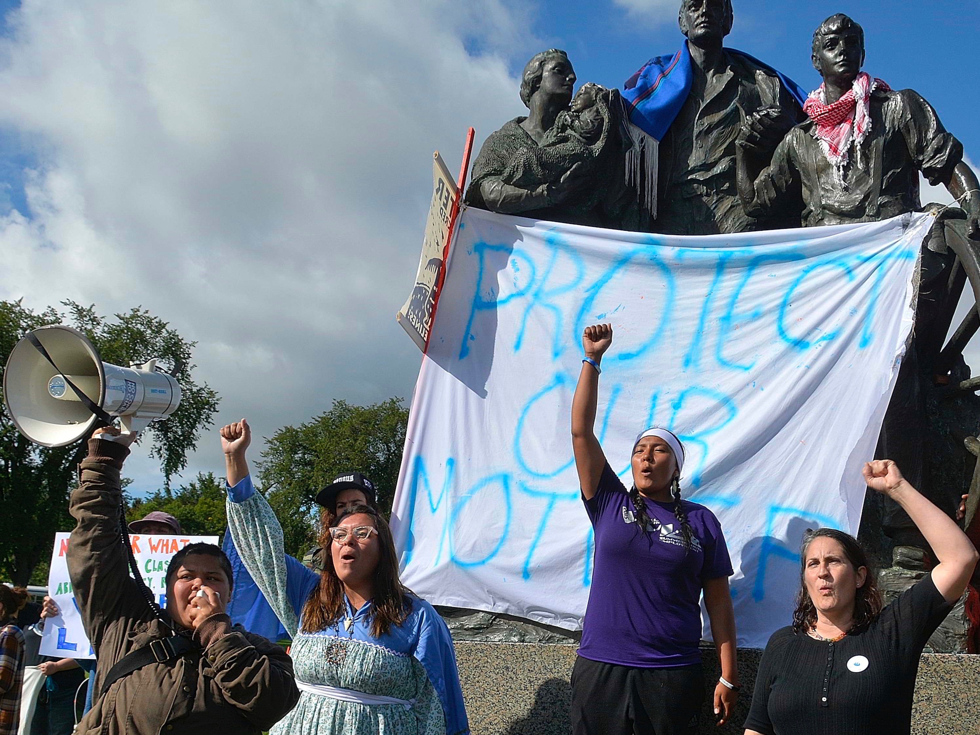 Mark Trahant: #NoDAPL movement forces long overdue debate