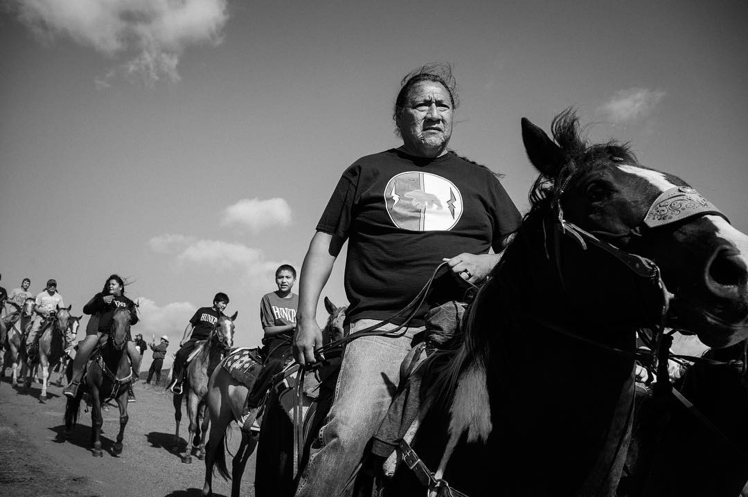 NYT Lens Blog: Photographer Annabelle Marcovici documents life in #NoDAPL camps