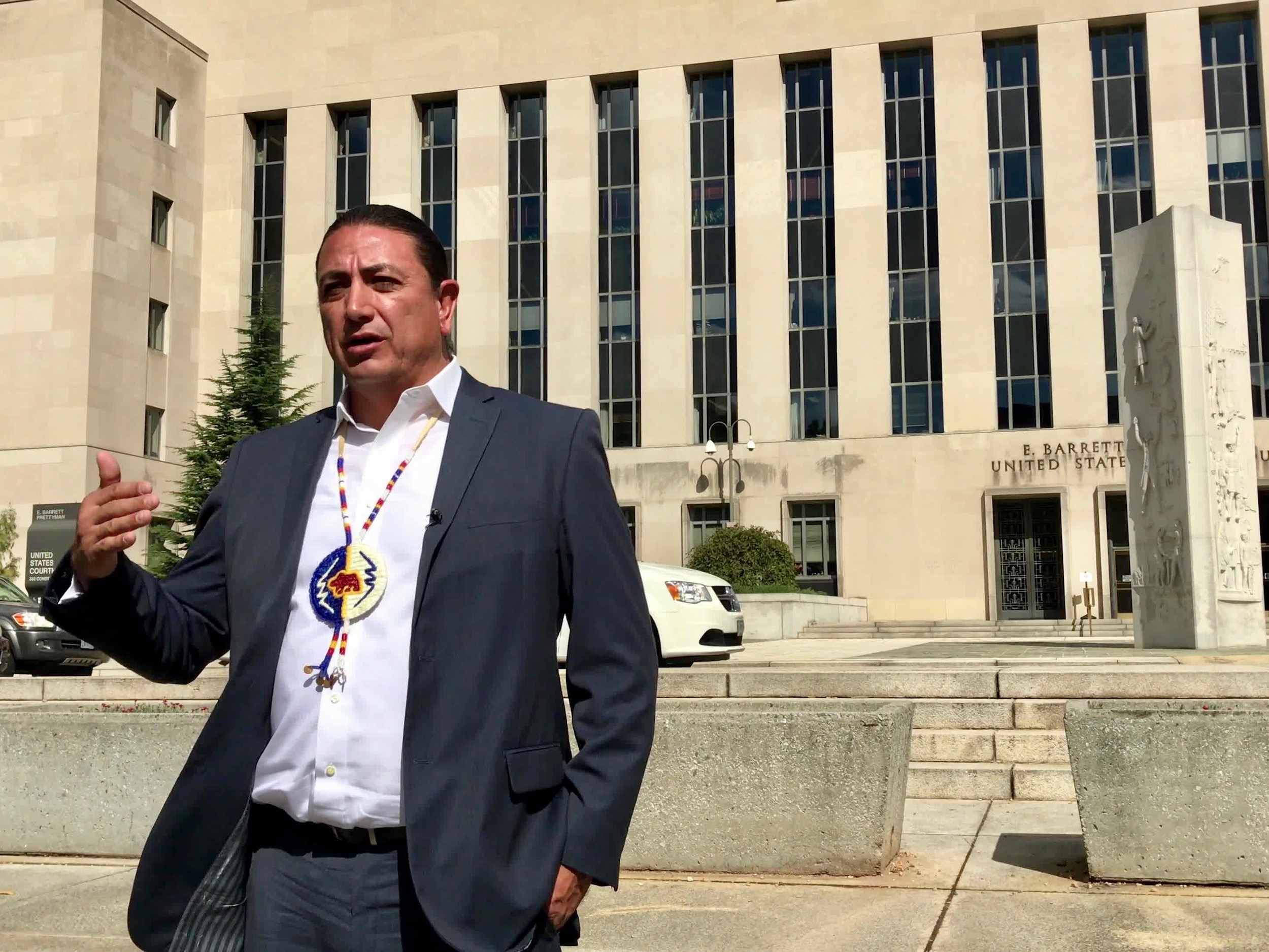 Standing Rock Sioux Tribe calls on President Obama to reject Dakota Access Pipeline amid uncertainty