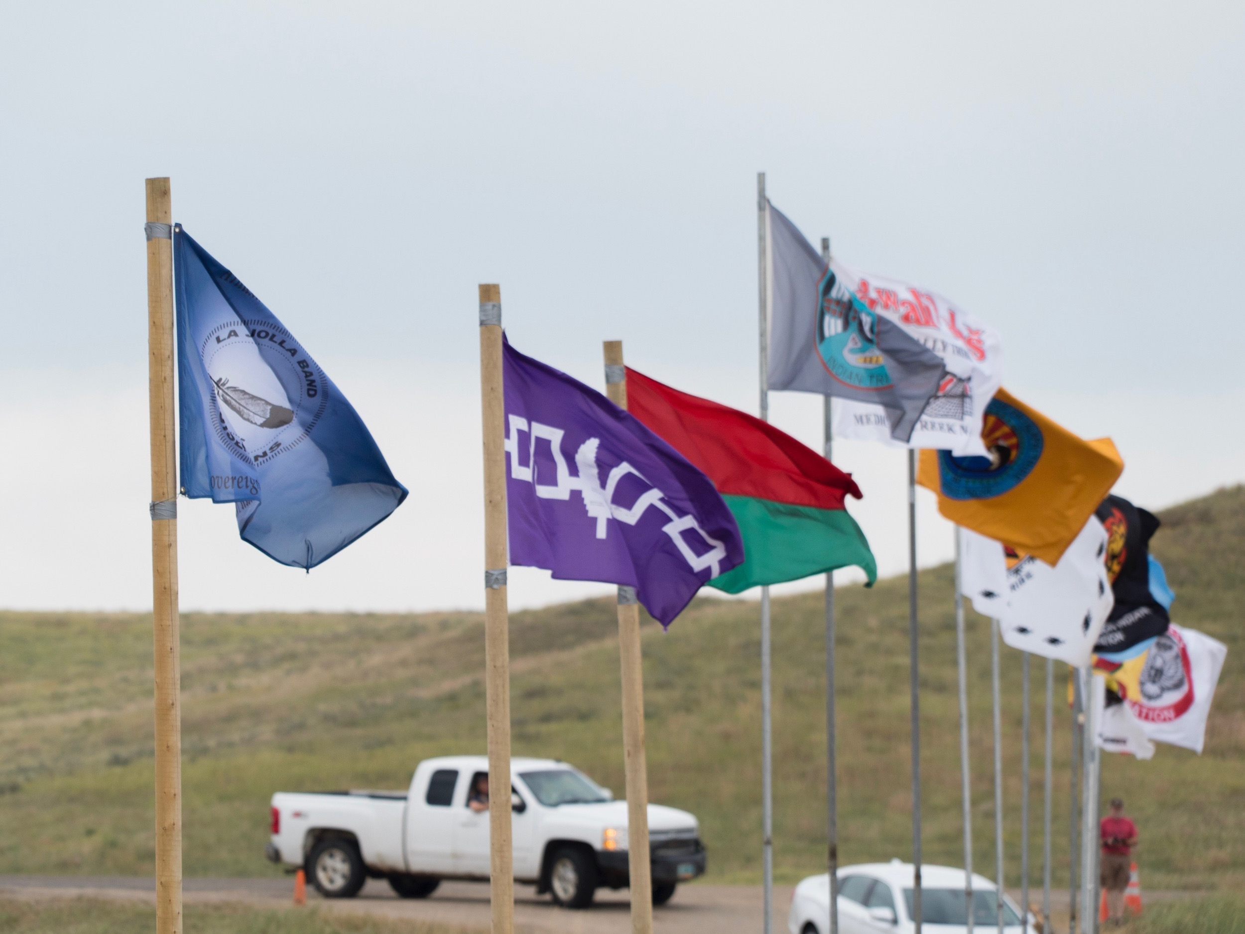 Standing Rock Sioux Tribe opens reservation to resistance camp