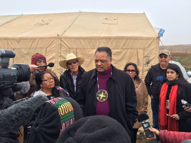 Native youth pressure Hillary Clinton to take a #NoDAPL stand