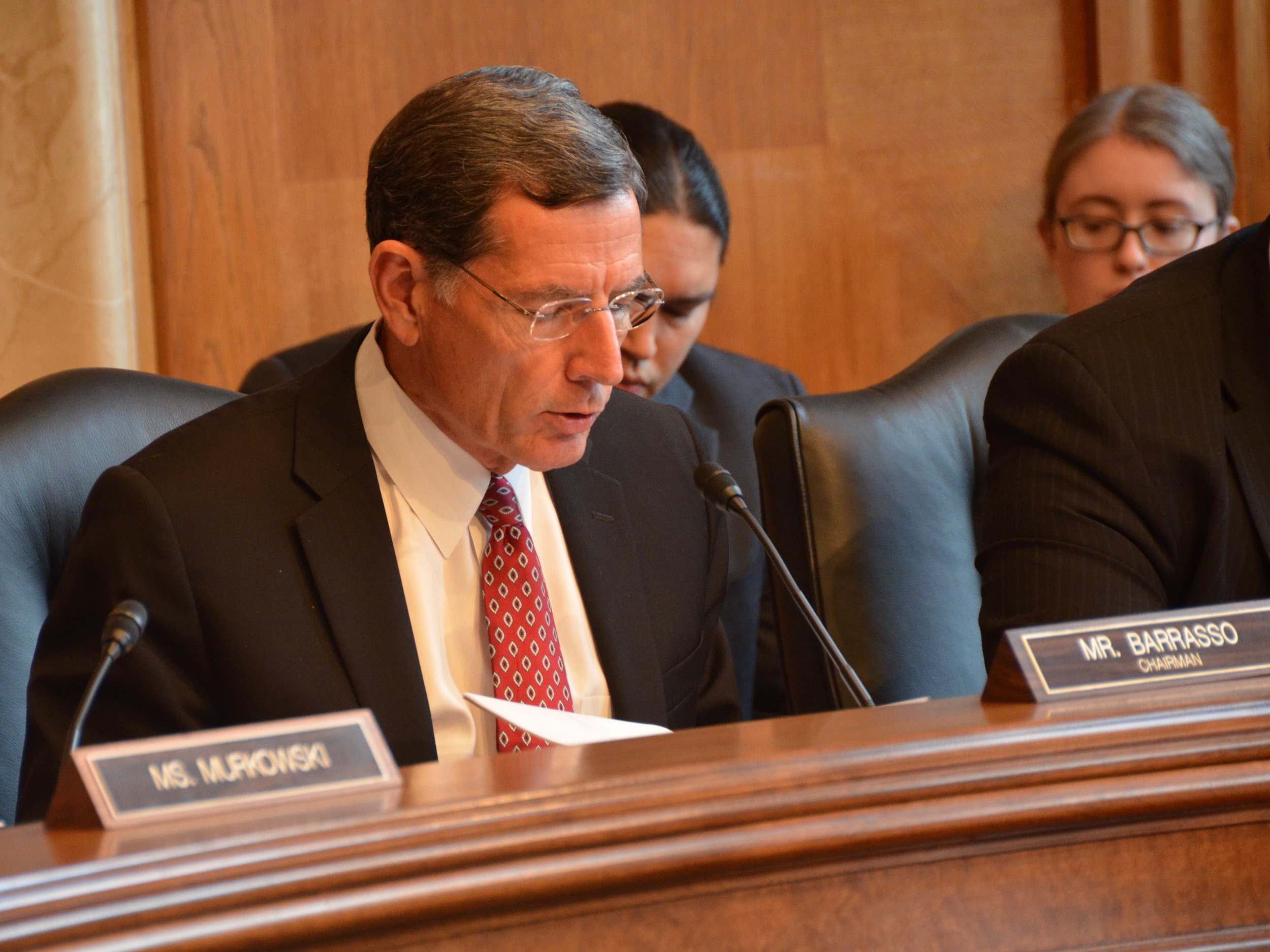 Sen. John Barrasso passing on gavel at Senate Committee on Indian Affairs