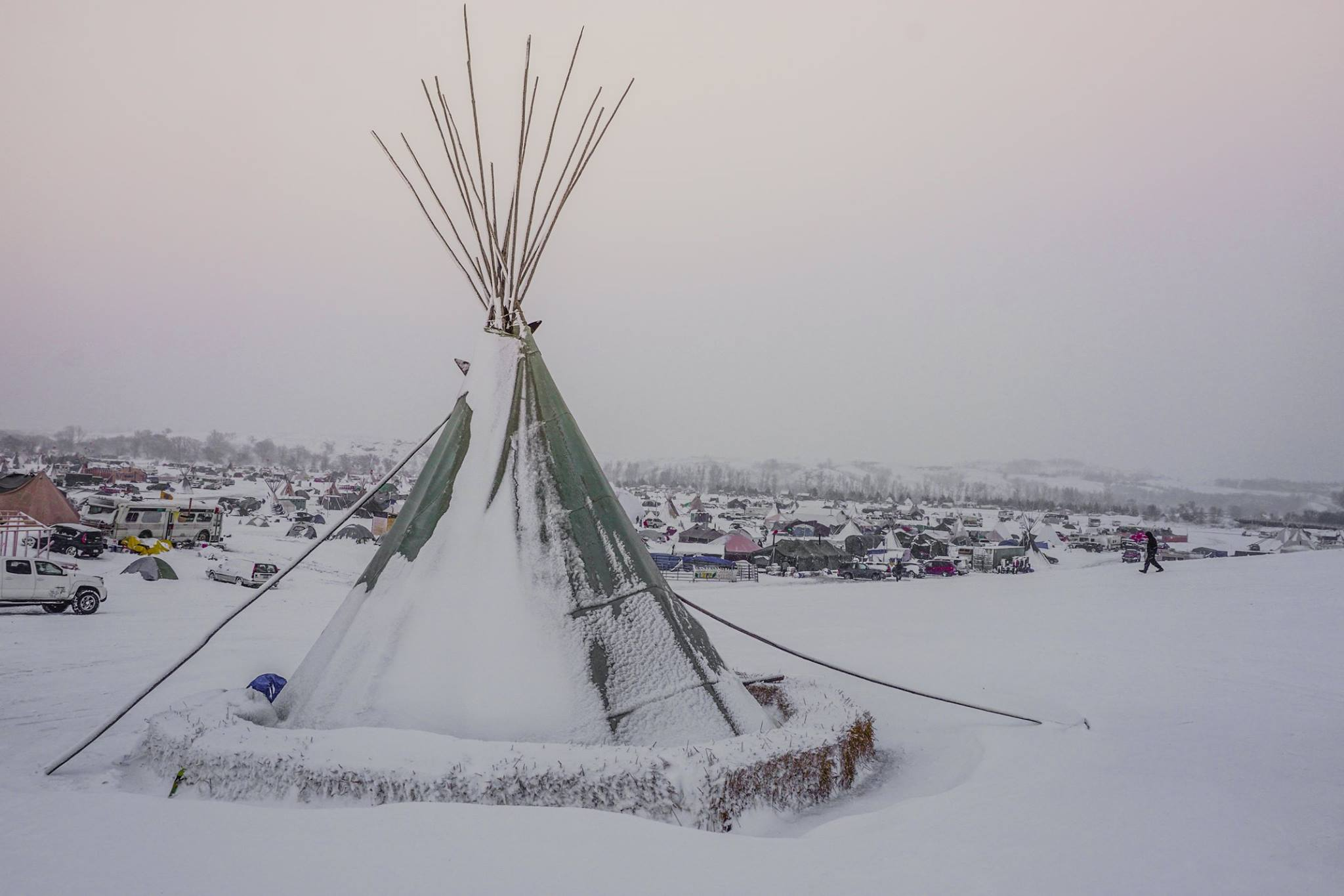 Steven Newcomb: What the mainstream media won't show at Standing Rock