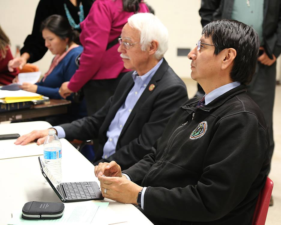 Navajo Nation lawmakers pass bill to remove top financial officer