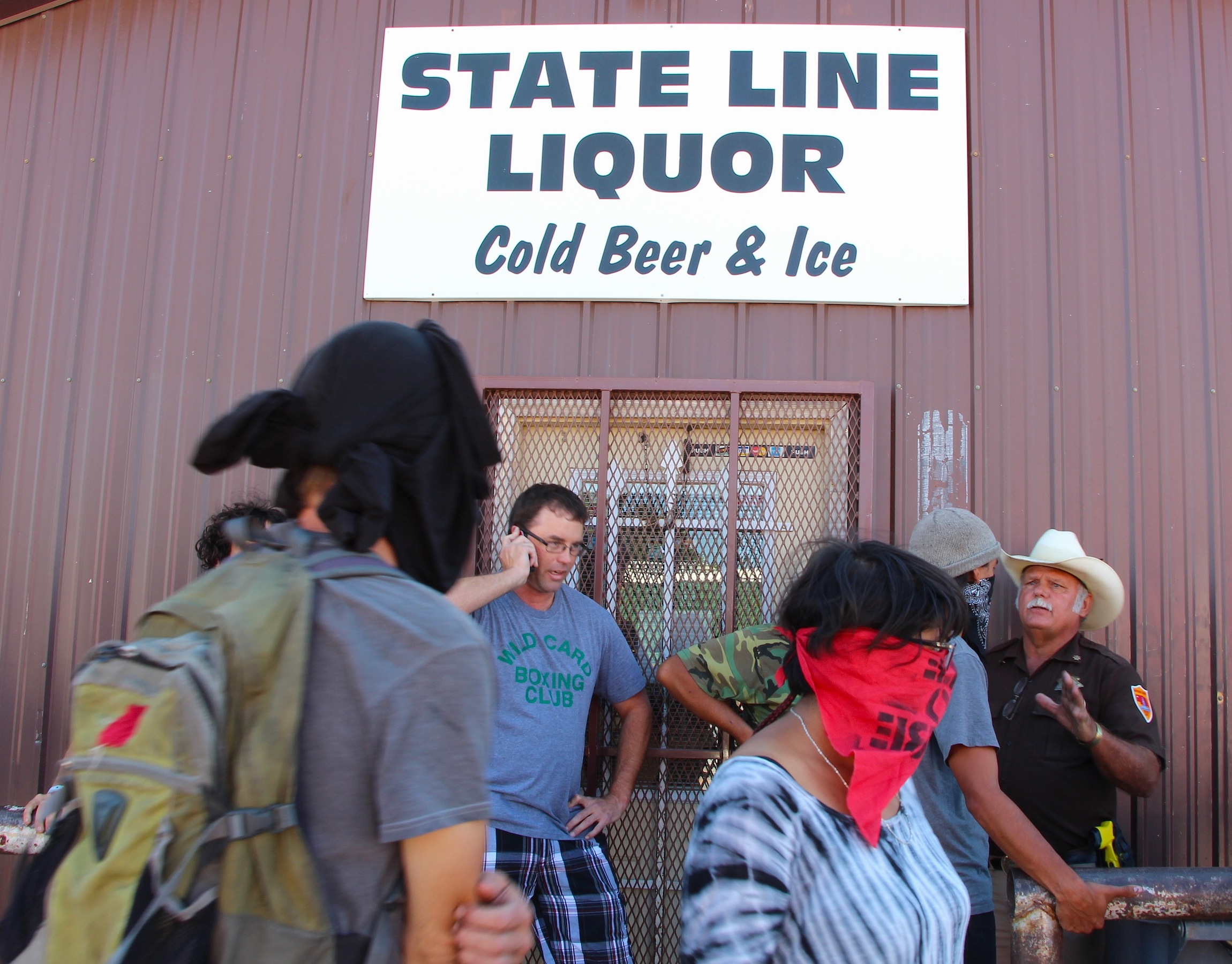 Nebraska county backs liquor licenses in reservation border town