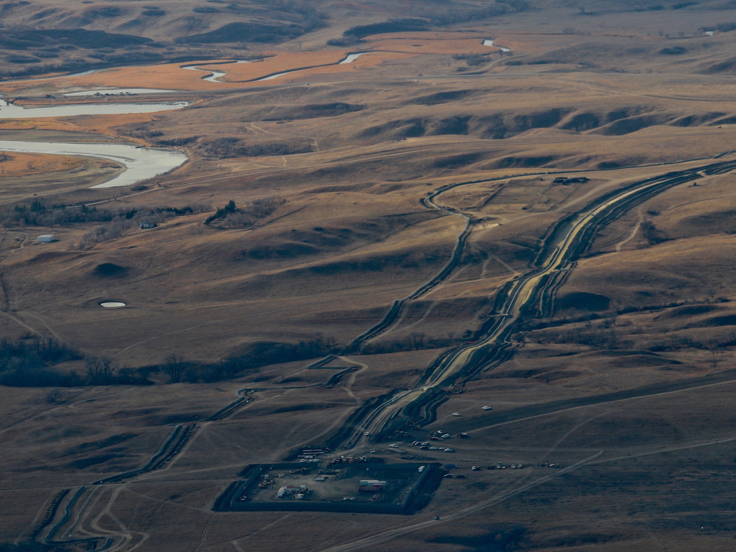 Another battle opens as Dakota Access fights environmental review of pipeline crossing