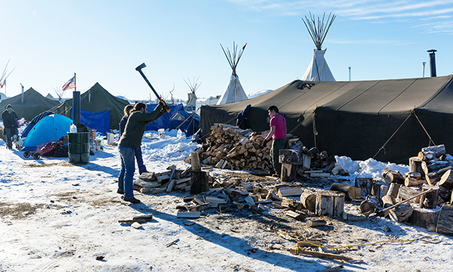 Tracy Loeffelholz Dunn: Some vow to stay at #NoDAPL camp site