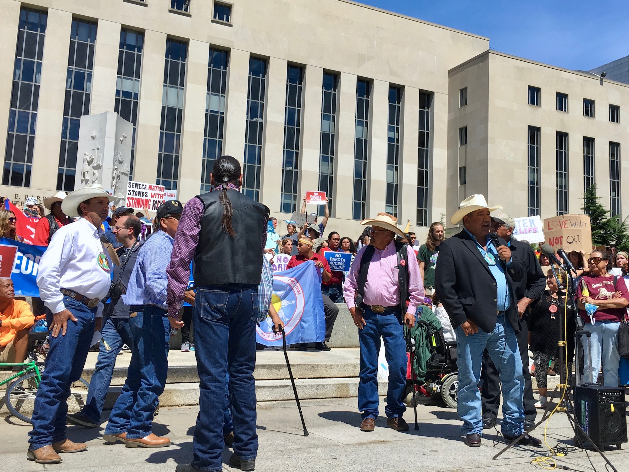 Cheyenne River Sioux Tribe continues to battle Dakota Access Pipeline in court