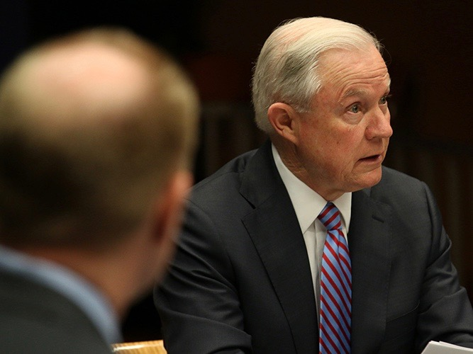 Cronkite News: Attorney General Sessions links sanctuary cities to gangs