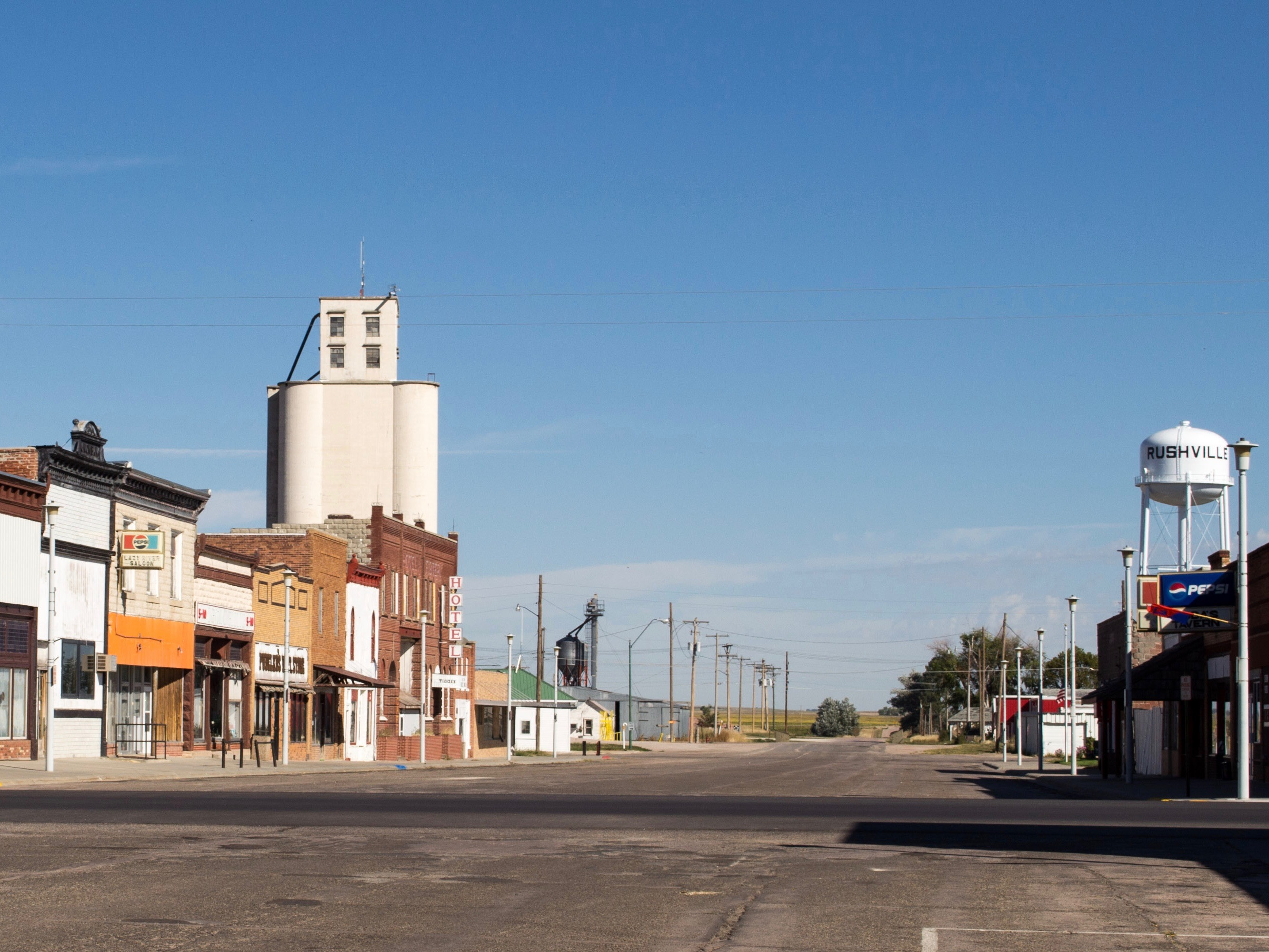 Whiteclay goes quiet as liquor stores near reservation shut down
