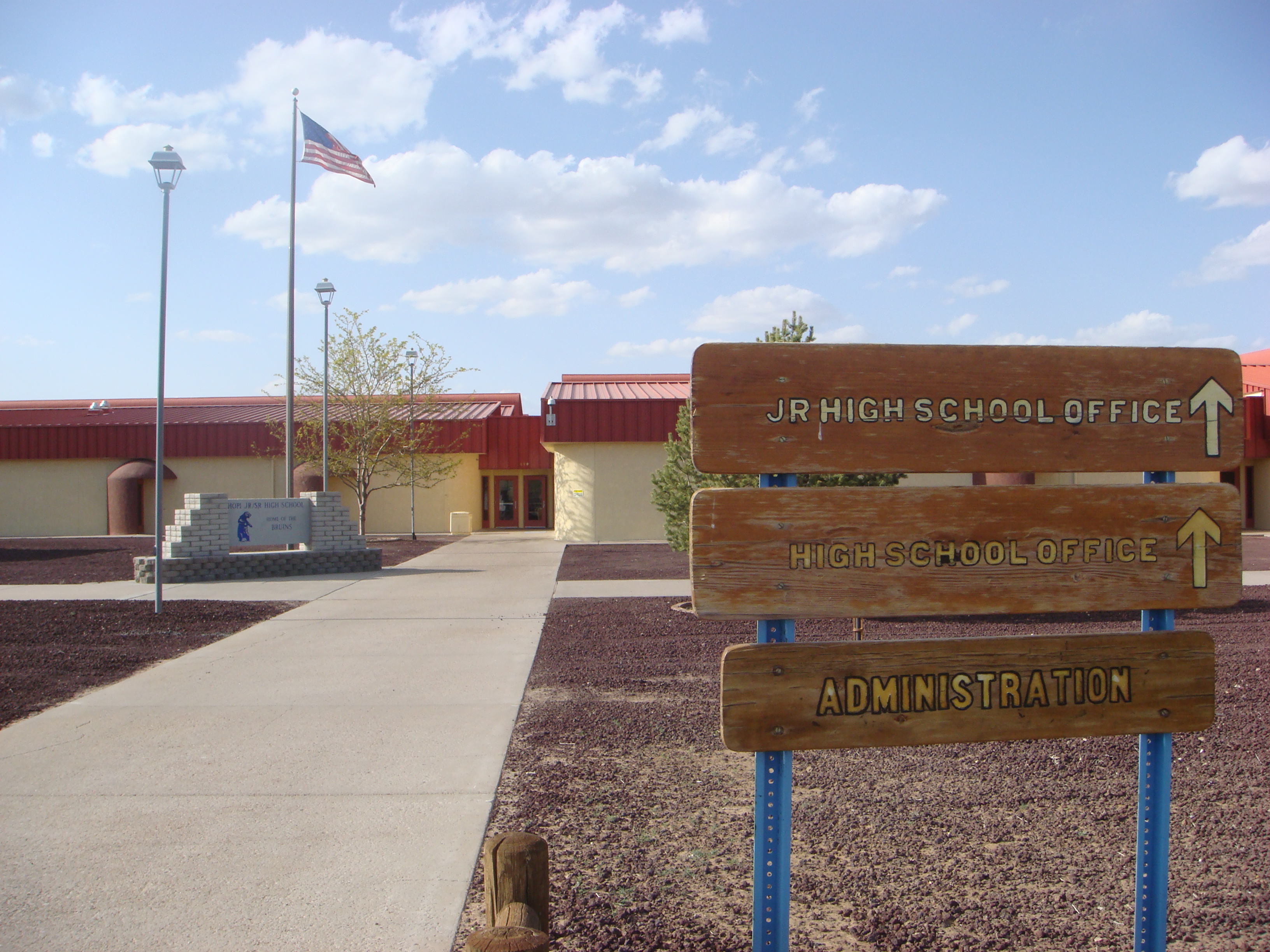 Cronkite News: High school on Hopi Reservation hires investigators after complaints