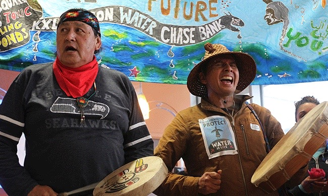 YES! Magazine: Stopping the flow of dollars to the Keystone XL Pipeline