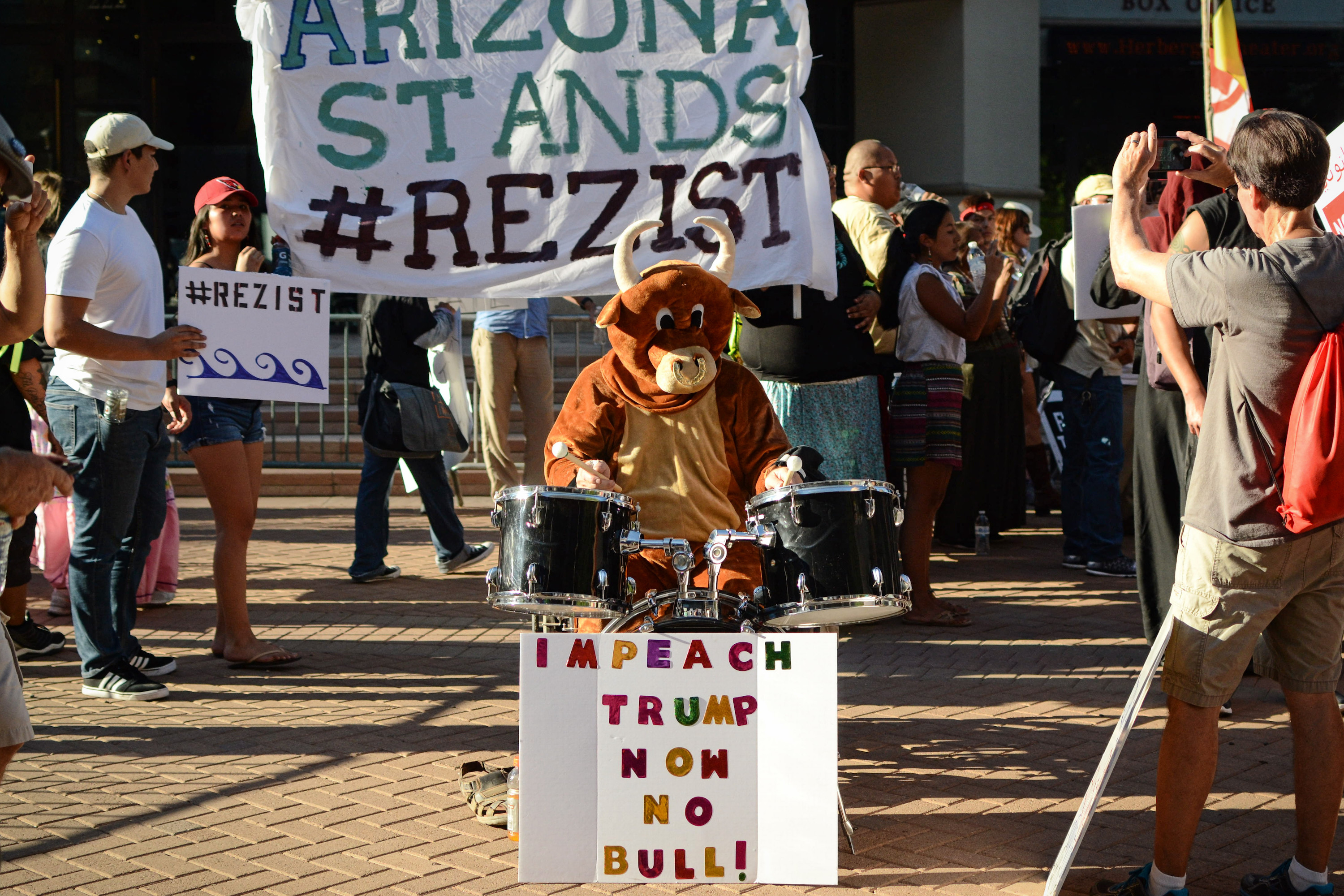 Cronkite News: Police face allegations of brutality at Donald Trump rally in Arizona