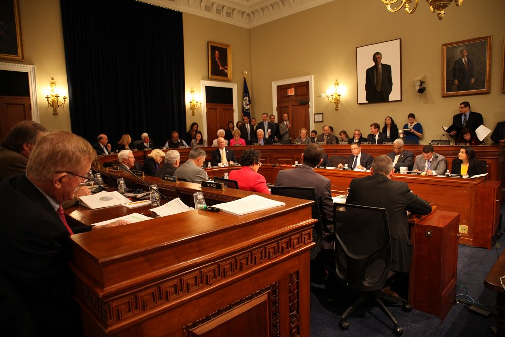 House committee approves Native American Energy Act in near party-line split